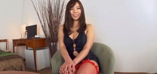 【西条沙羅】巨尻の姉さんが、オナニー&オイルプレイ