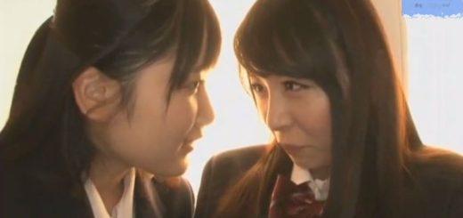 【あおいれな】仲良しの美人レズJKたちが、濃厚ベロチューで互いの思いを確かめ合う