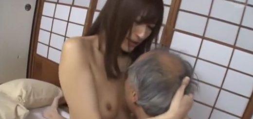 【神波多一花】長身のスレンダー美女が、老人と濃厚中出しSEX