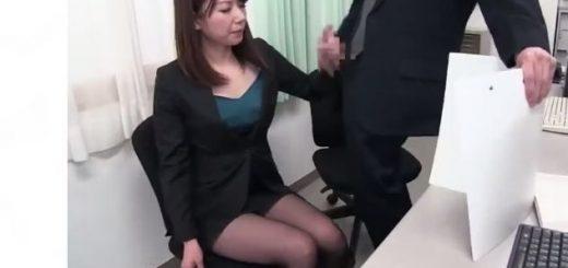 【加藤あやの】パンスト美脚の美人秘書が日常的にセクハラされる